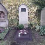 Provisorisches Familiengrab nach Beisetzung